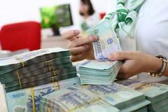 Nhiều ngân hàng lớn 'rộng tay' tăng lương, thưởng cho nhân viên