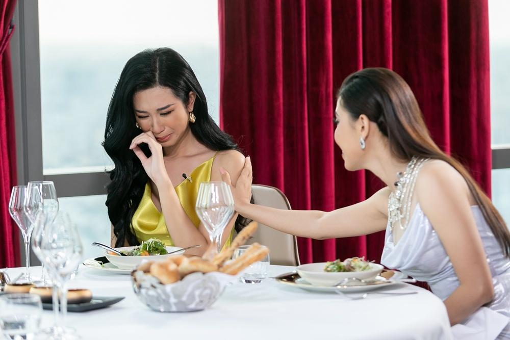 Hoa hậu Hoàn vũ Việt Nam,Thúy Vân,Hoàng Thùy