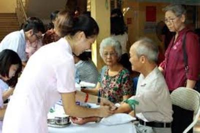 Đảm bảo quyền được chăm sóc sức khỏe cho người cao tuổi