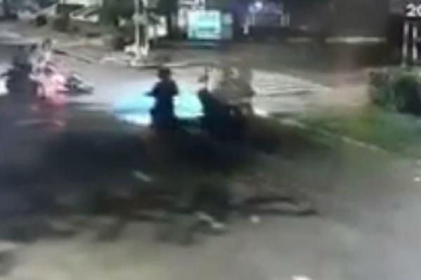 Tin pháp luật số 244, táo tợn cướp xe giữa Sài Gòn và lãnh án vì hiếp dâm vợ