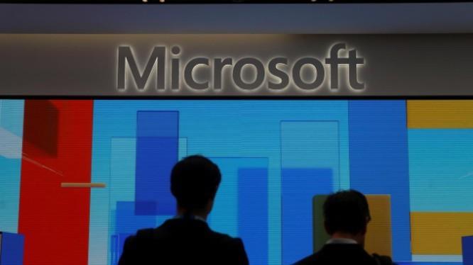 Amazon để tuột hợp đồng10 tỷ USD vào tay Microsoft