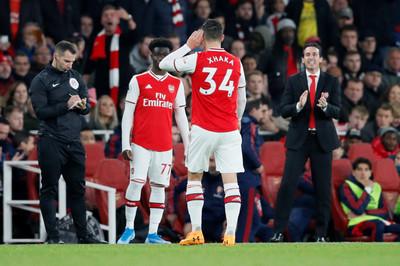 Chửi CĐV Arsenal, Xhaka bị tước băng đội trưởng
