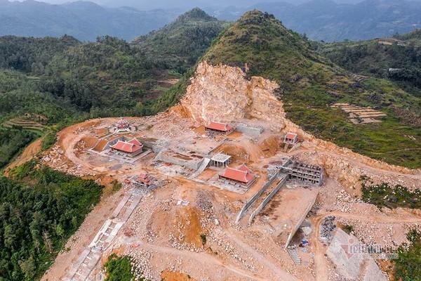 Hà Giang xem xét tạm đình chỉ thi công xẻ núi xây chùa Lũng Cú