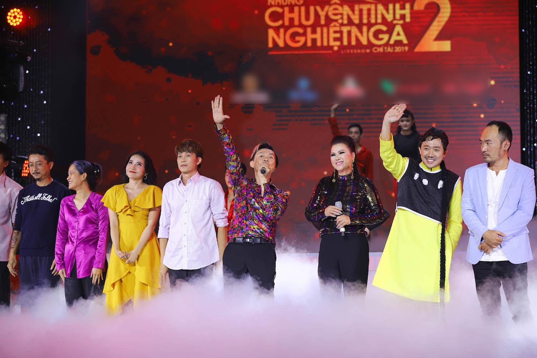 Hoài Linh giúp Chí Tài 'tỏ tình' với vợ trước hàng nghìn người