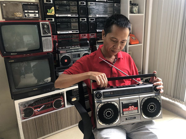 Cassette players,members of the Radio and Cassette Collection Club,sci-tech news,vietnamnet bridge,english news,Vietnam news,vietnamnet news,Vietnam breaking news,Vietnamese newspaper,Vietnam latest news,news vietnam