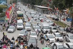Hanoi seeks ways to reduce congestion caused by personal vehicles