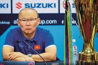 Báo Hàn Quốc: Thầy Park lương 50.000 USD, lịch làm việc khủng khiếp
