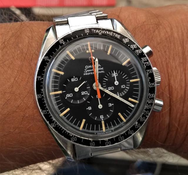 Mua đồng hồ với giá chỉ 1 triệu, bất ngờ khi bán được hơn 1 tỷ