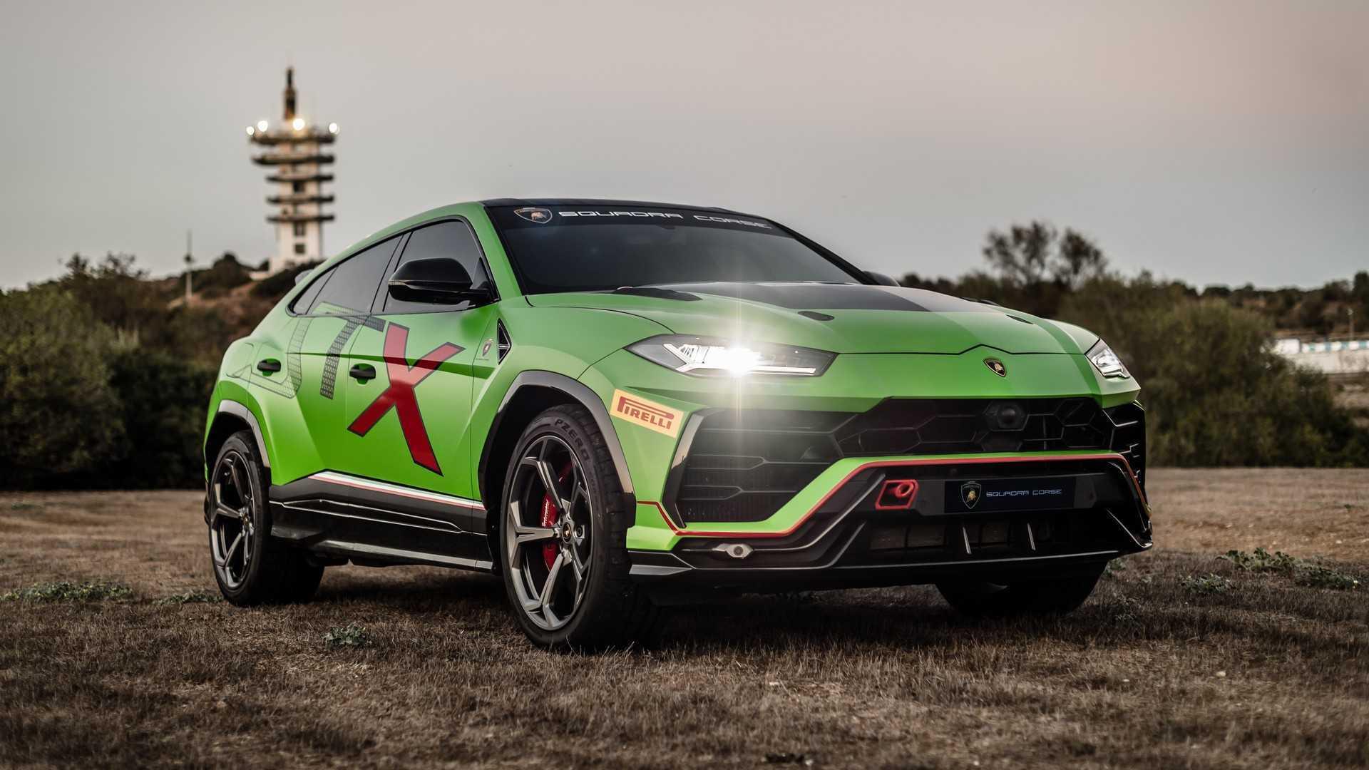 Ngắm siêu xe Lamborghini Urus phiên bản xe đua cực chất