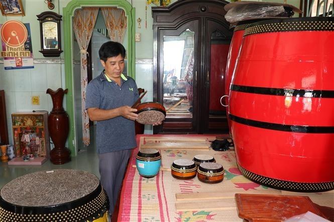 Binh An drum-making village,Vietnam in photos,Vietnam in pictures,vietnamnet news