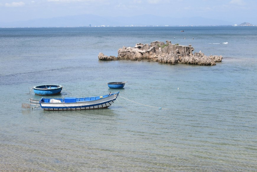 Hon Do coral island,Vietnam in photos,Vietnam in pictures,vietnamnet bridge