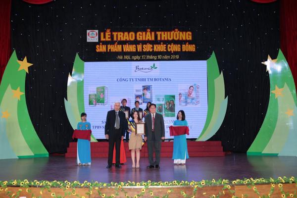 Công ty Botania lần thứ 4 nhận giải thưởng 'Sản phẩm vàng vì sức khỏe cộng đồng'