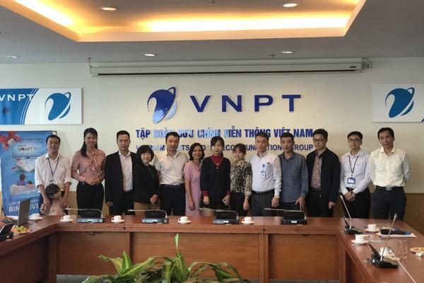 113 khách hàng VNPT trúng thưởng TV 43''