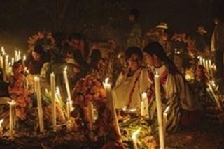 Xem người Mexico tưng bừng đón người chết về lại dương gian