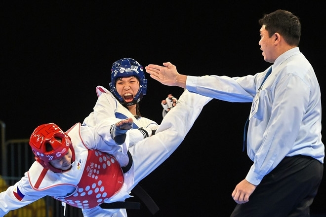 Vietnamese taekwondo fighter sparks Olympic hopes with two int'l gold medals