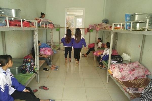 Bất an ở khu nội trú 59 học sinh người dân tộc Mã Liềng