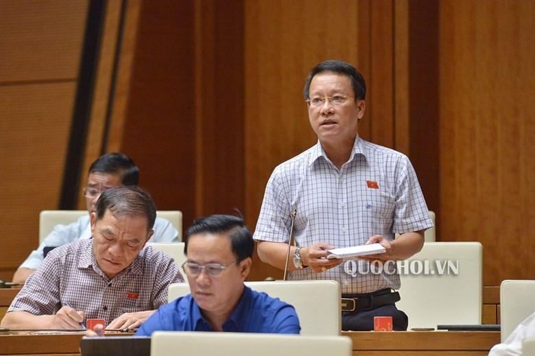 Đại biểu bấm nút, bộ trưởng giải trình nhiều vấn đề nóng của đất nước