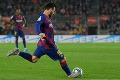 """Siêu nhân Messi giúp Barca """"hủy diệt"""" Valladolid"""