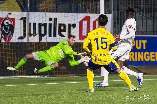 Công Phượng bất lực, đội trẻ Sint Truidense thua đậm