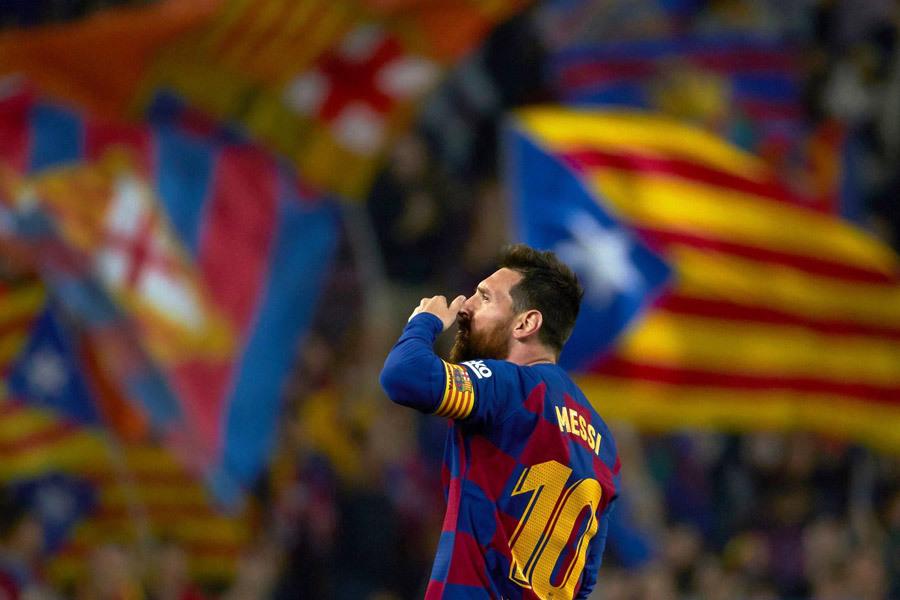 Messi đến từ hành tinh khác, chờ lấy Quả bóng vàng