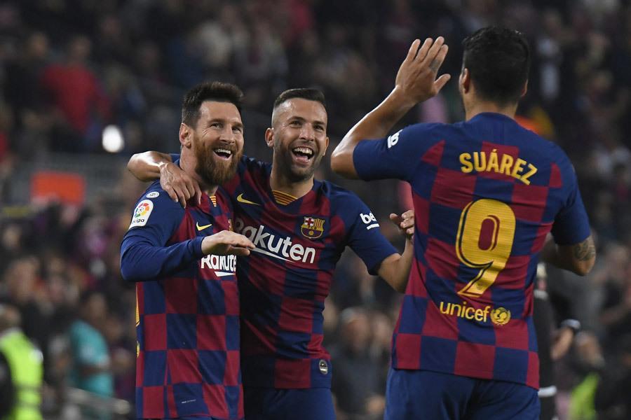 Lionel Messi,Messi,Barcelona,Valladolid,Quả bóng vàng,Barca