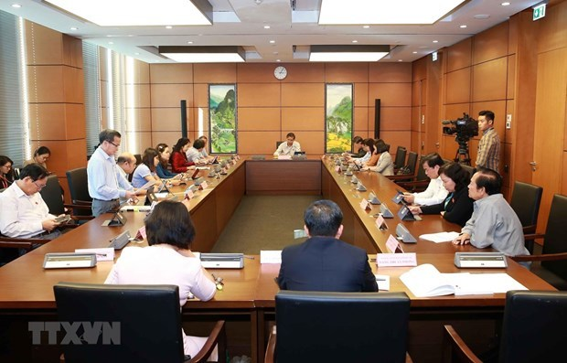 Draft revisions to law on foreigners' exit, entry discussed at National Assembly