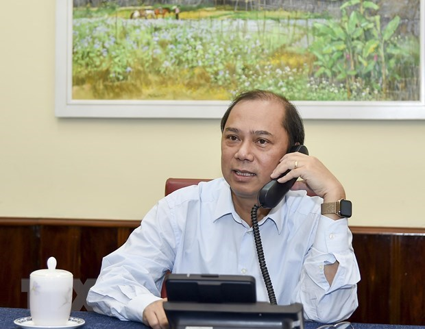 Vietnamese Deputy FM makes phone call to British official over lorry deaths
