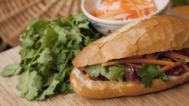 """Story of Vietnamese """"banh mi"""" introduced in foreign newspaper"""