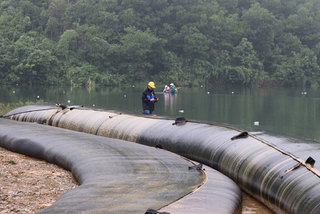 Hanoi strengthens water testing after Da River pollution crisis