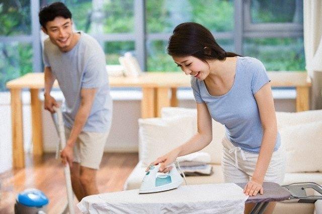 Đàn ông chăm làm việc nhà sẽ càng sống thọ