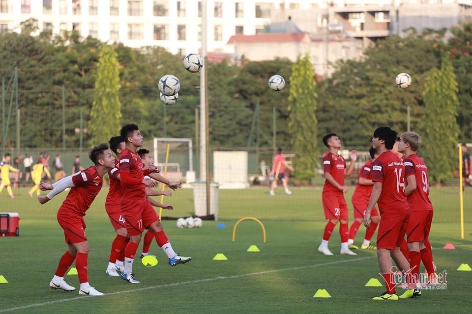 Thầy Park cài 'bẫy' thế nào cho UAE đi dễ về khó?
