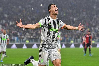 Ronaldo lóe sáng phút 96, Juventus đòi lại ngôi đầu