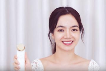 Emmi Hoàng bật mí 'bảo bối' chăm da sạch sâu từ gốc