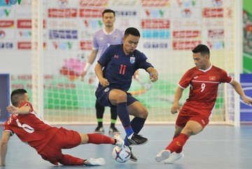 Two Vietnamese futsal players poised to join Japanese club