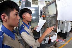 Hai trường nghề ở Bình Dương thí điểm đào tạo trực tuyến