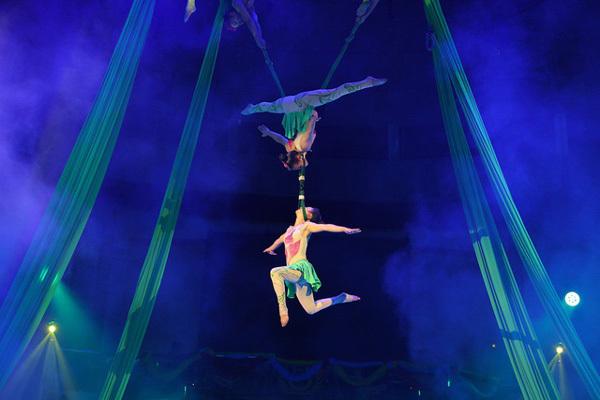 Circus artists to dazzle HCM City and Da Nang
