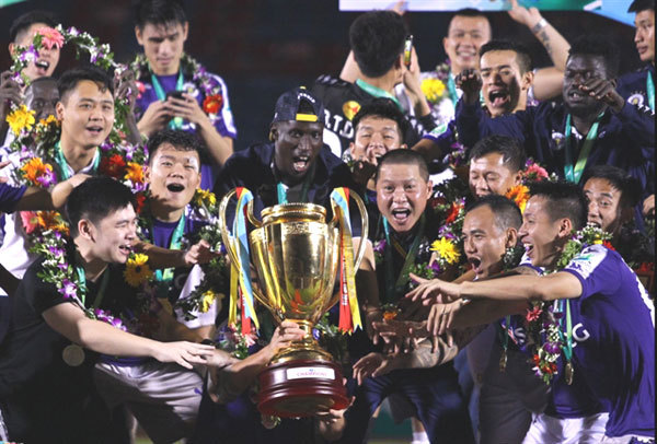 The V.League 1,Hanoi FC,National Cup trophy,sports news,Vietnam sports,vietnamnet bridge,english news,Vietnam news,vietnamnet news,Vietnam latest news,Vietnam breaking news,Vietnamese newspaper,Vietnamese newspaper articles,news vietnam
