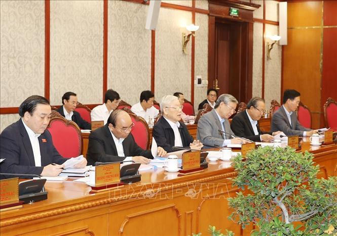 Tổng bí thư, Chủ tịch nước chủ trì họp Bộ Chính trị quyết định một số nhân sự