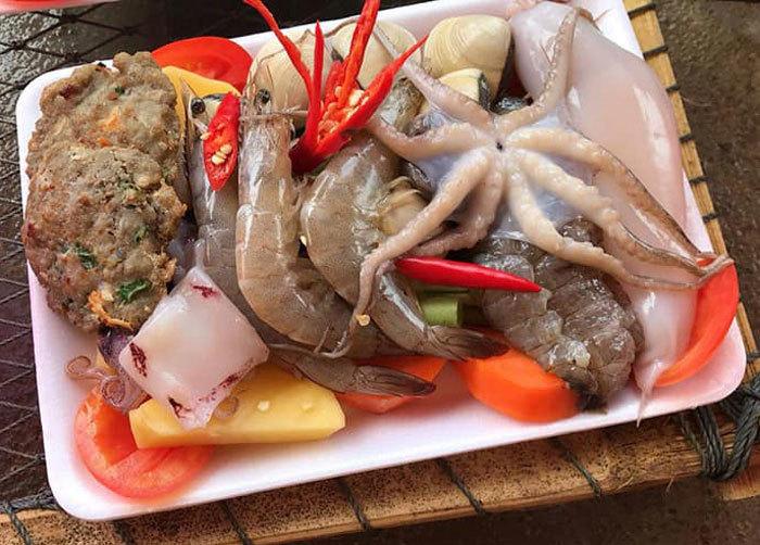 thịt bò giả,nước đóng bình,Ếch Trung Quốc,xúc xích,thịt gà nhập khẩu,mứt tết,cua lông,Bào ngư