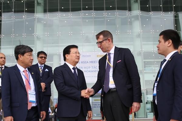 'Tăng trưởng nhanh nhất toàn cầu, VN là điểm hấp dẫn để đầu tư'