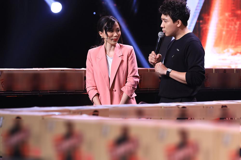 Tóc Tiên, Trấn Thành thán phục trước 'Cỗ máy Rubik' Ngọc Thịnh