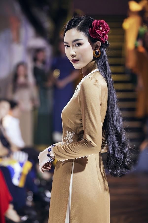 Jun Vũ hóa tiểu thư mong manh, Thanh Hằng sắc nét quyền lực