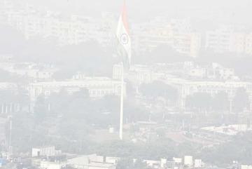 Ô nhiễm đỉnh điểm, Ấn Độ phát khẩu trang cho dân thủ đô