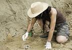 Phát hiện kho báu 3.800 tuổi chứa tiền và trang sức giá trị
