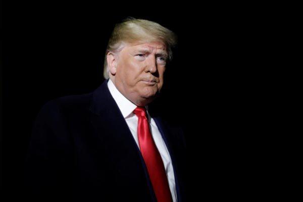 Người tố cáo ông Trump quyết không 'xuất đầu lộ diện'