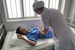 Nữ bệnh nhân nôn ồ ạt 1 lít máu tươi được cứu sống trong 5 phút