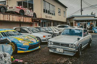 Tiếc nuối nghĩa địa xe cũ, hàng trăm siêu xe cổ bị bỏ rơi la liệt