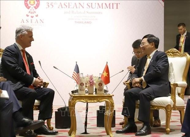 Pham Binh Minh,Robert OBrien,35th ASEAN Summit,East Asia Summit,US-ASEAN Summit,Vietnam US relations,President Donald Trump,East Sea