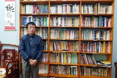 Thầy giáo làng say mê 'truyền lửa' văn hóa đọc cho học sinh