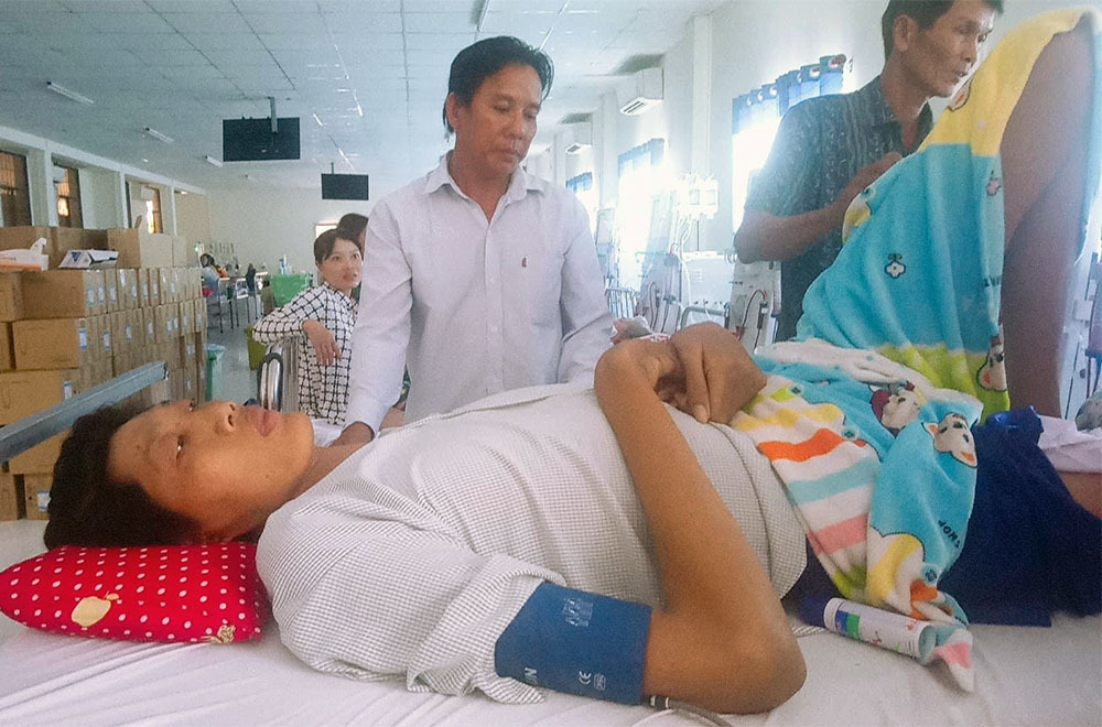 Người 'khổng lồ' cao hơn 2,5m ở Cà Mau đã qua đời
